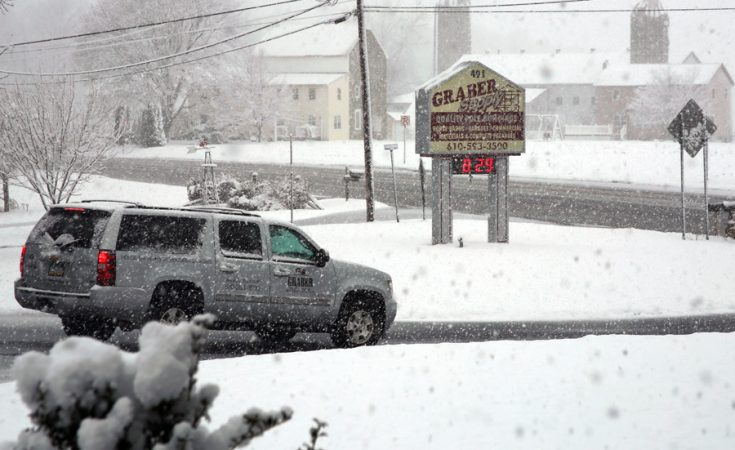 heavy snow falling at Graber Supply